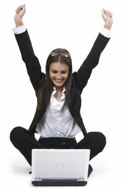 happy_woman_on_computer.jpg