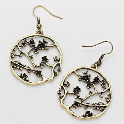 gold tone lucky garden dangle earrings.JPG