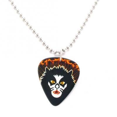 kiss black pic necklace.JPG